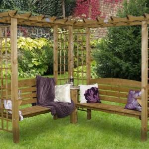 Скамейка деревянная угловая с перголой