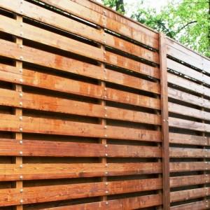 Двухслойный сосновый забор