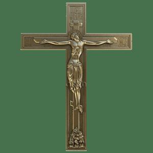 Резное распятие на деревянном кресте