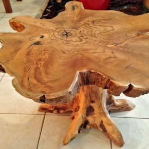 Дизайнерский журнальный столик из массива дерева