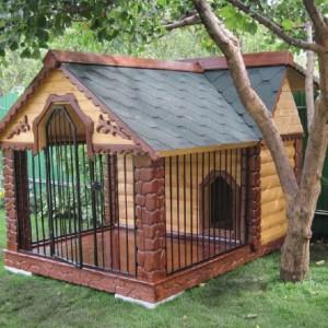 Деревянные вольеры и будки для собак