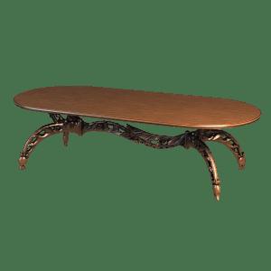 Овальный деревянный столик