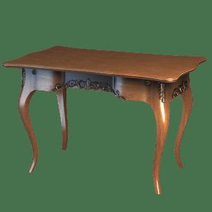 Классический столик с фигурными ножками