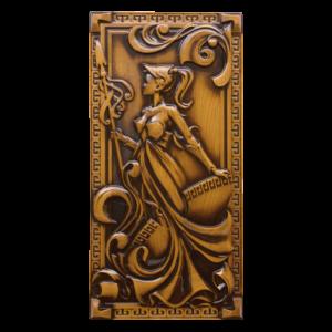 Декоративные настенные панно из дерева с резными элементами